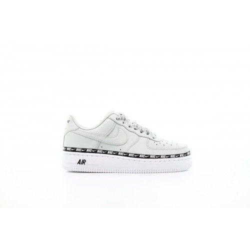 """Nike Air Force 1 '07 SE Trainer """"LIGHT SILVER"""""""